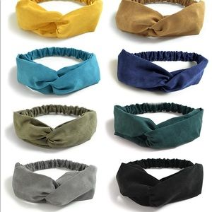 Hair Band Different color price for all.